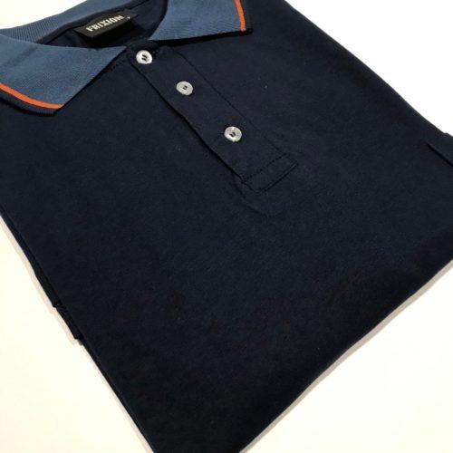 Chomba Azul Frixion/SB cuello combinado con bolsillo talles grandes.