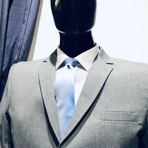 Saco pique gris.