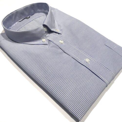 Camisa manga larga talle especial Manteca.